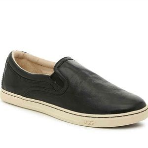 EUC UGG Black Leather Kitlyn Slip On Sneakers